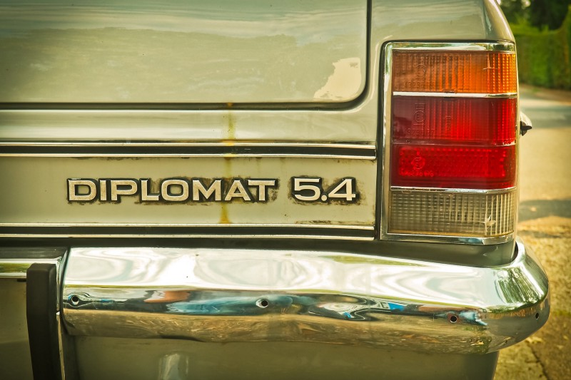 This car is a diplomat. We should all learn from it.